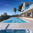 Contemporary Estate in Super Cannes (9)