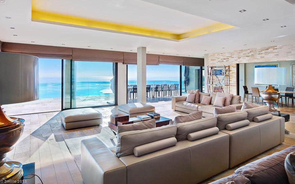 Contemporary Estate in Super Cannes (14)