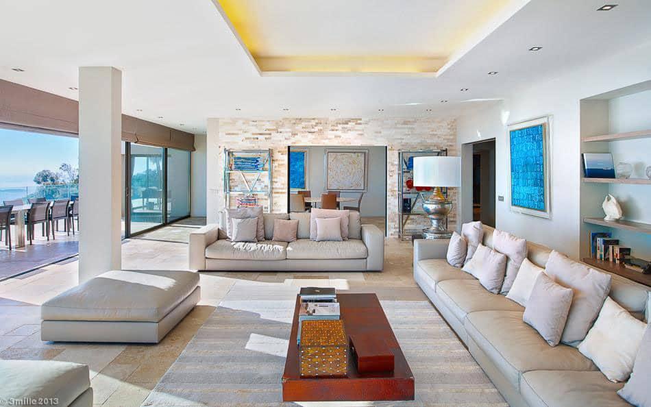 Contemporary Estate in Super Cannes (15)