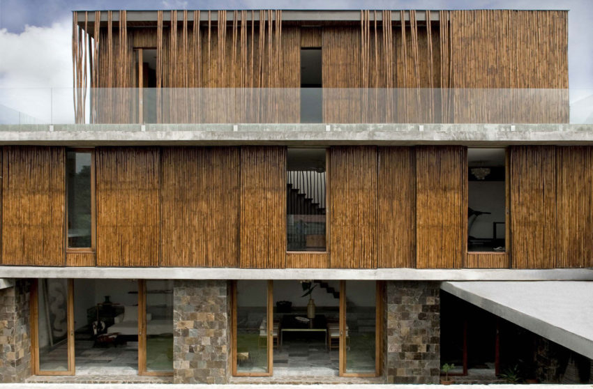 Courtyard House by Atelier Sacha Cotture (1)