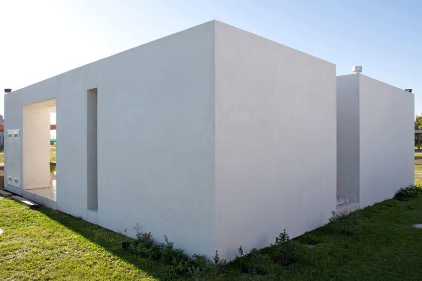 DT Puerto Roldán House by VismaraCorsi Arquitectos (14)