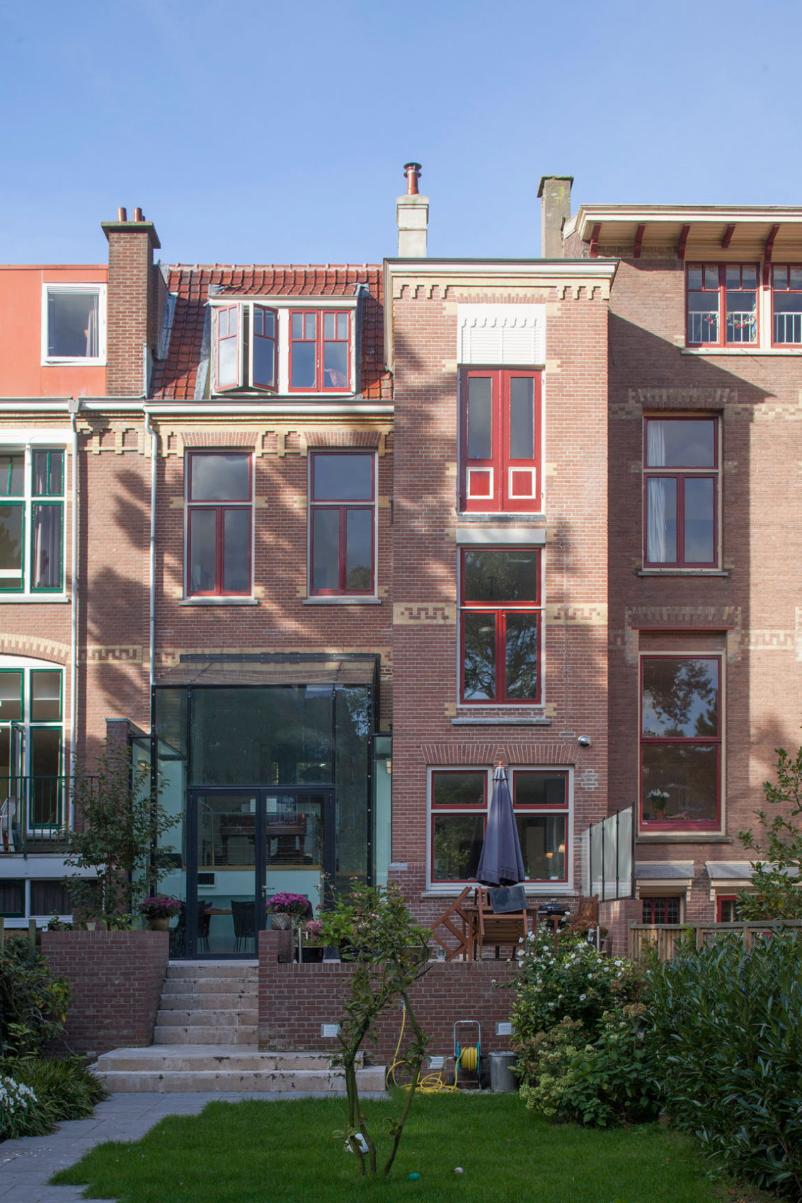Duinweg Glass Extension by BBVH Architecten (3)