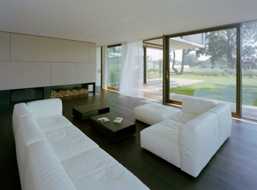 House LK by Dietrich | Untertrifaller Architekten (6)