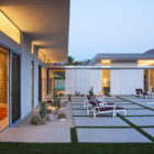 House in Palm Springs by o2 Architecture (21)