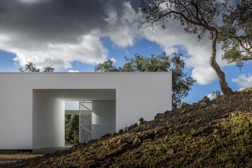 House in Quinta Do Carvalheiro by GSMM Architetti (6)