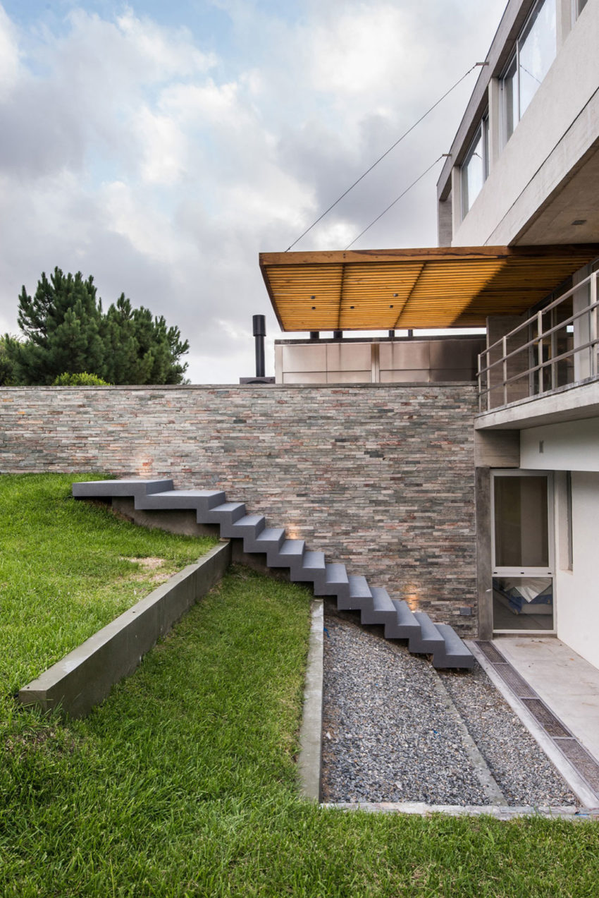 KVS House by Estudio Galera (12)