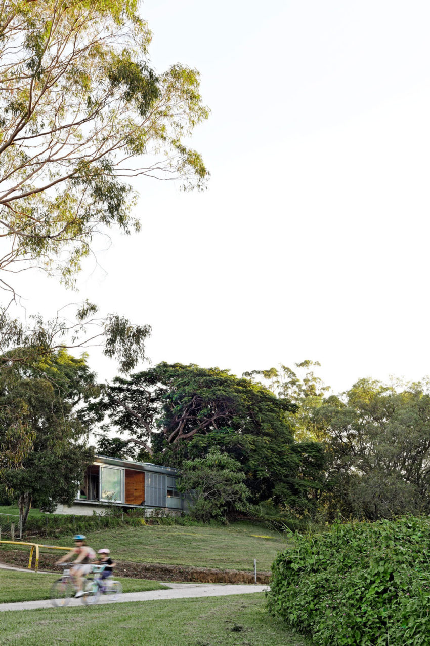 Keperra House by A-CH (11)