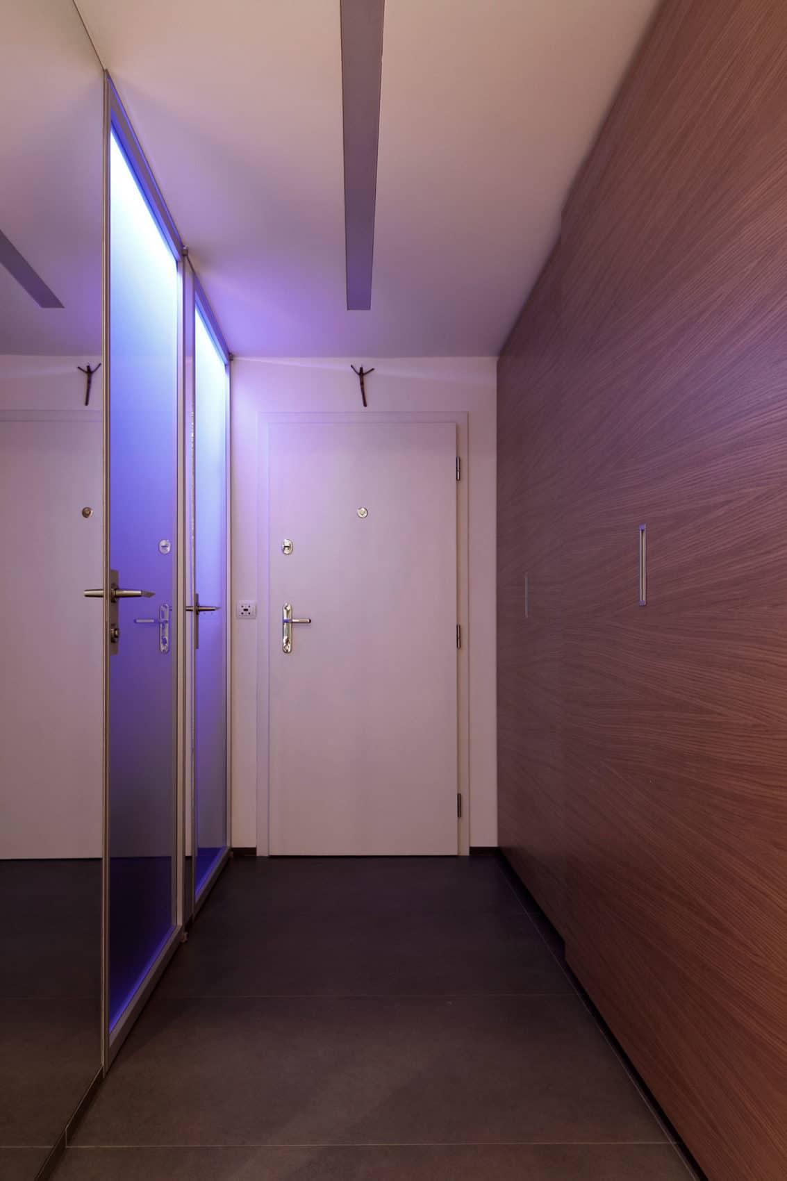 Luxury Apartment Reconstruction by RULES architekti (1)