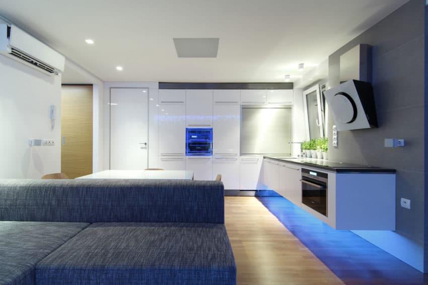 Luxury Apartment Reconstruction by RULES architekti (7)