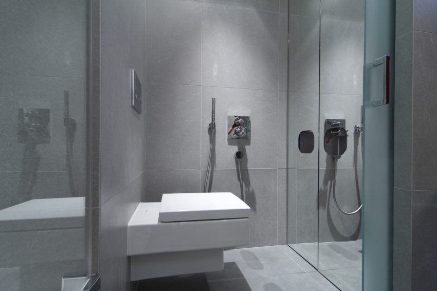 Luxury Apartment Reconstruction by RULES architekti (16)
