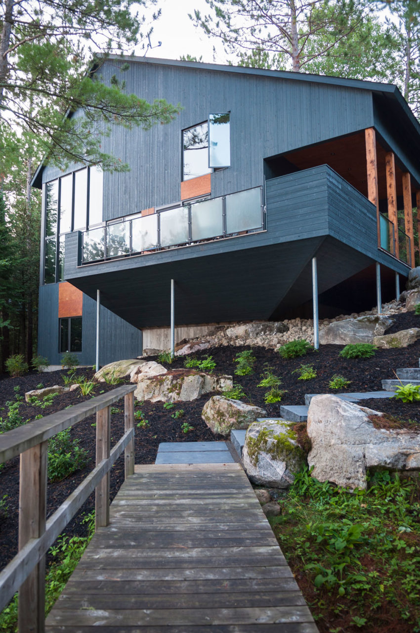 Maison au bord du lac by Anik Péloquin (2)