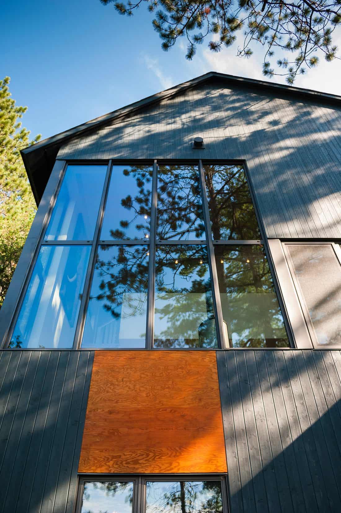 Maison au bord du lac by Anik Péloquin (4)