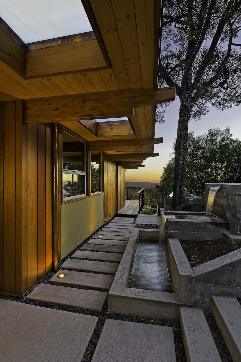 Mid-Century Modern Residence by AB design studio (1)