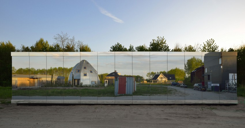 Mirror House by Johan Selbing & Anouk Vogel (1)