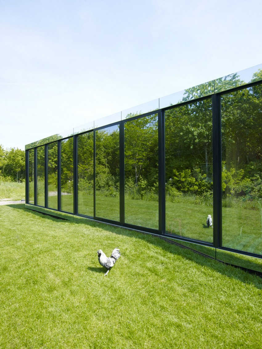 Mirror House by Johan Selbing & Anouk Vogel (3)