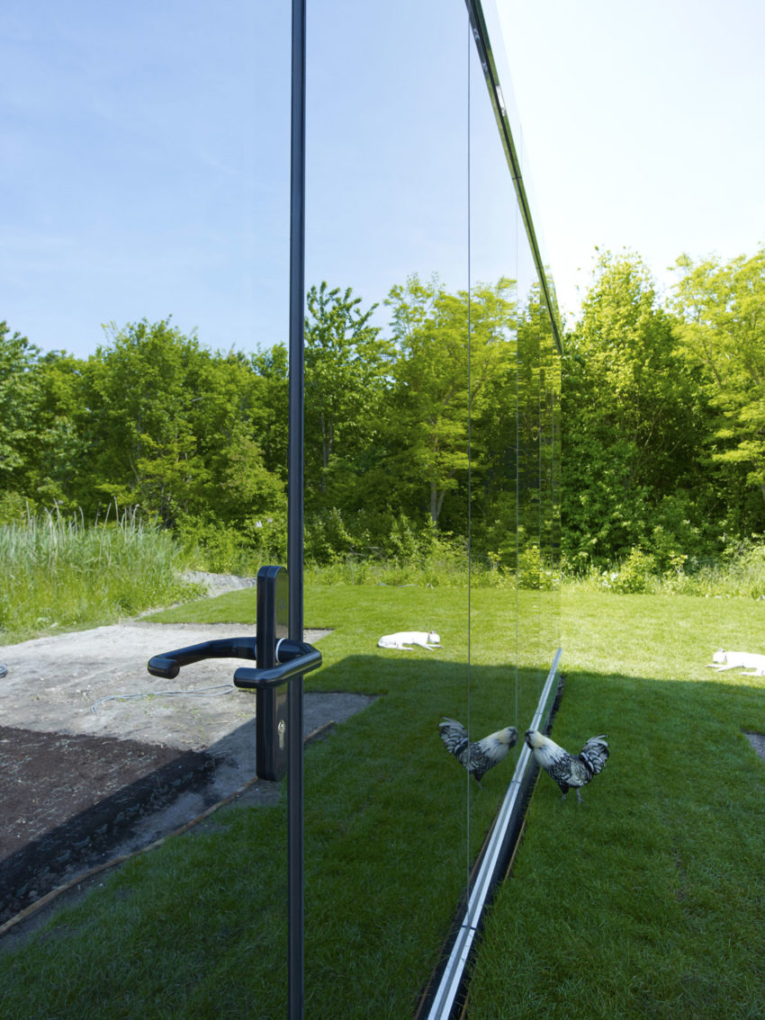 Mirror House by Johan Selbing & Anouk Vogel (4)