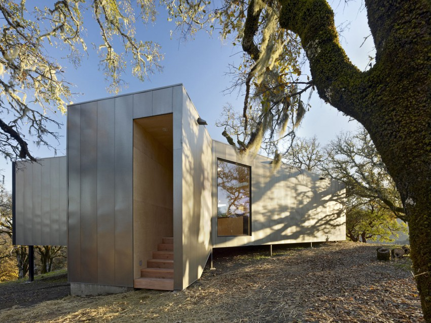 Moose Rd by Mork-Ulnes Architects (3)