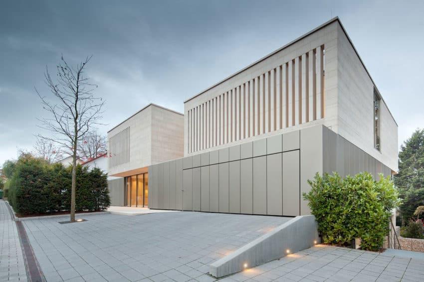 Residence in Weinheim by Wannenmacher+Möeller (3)