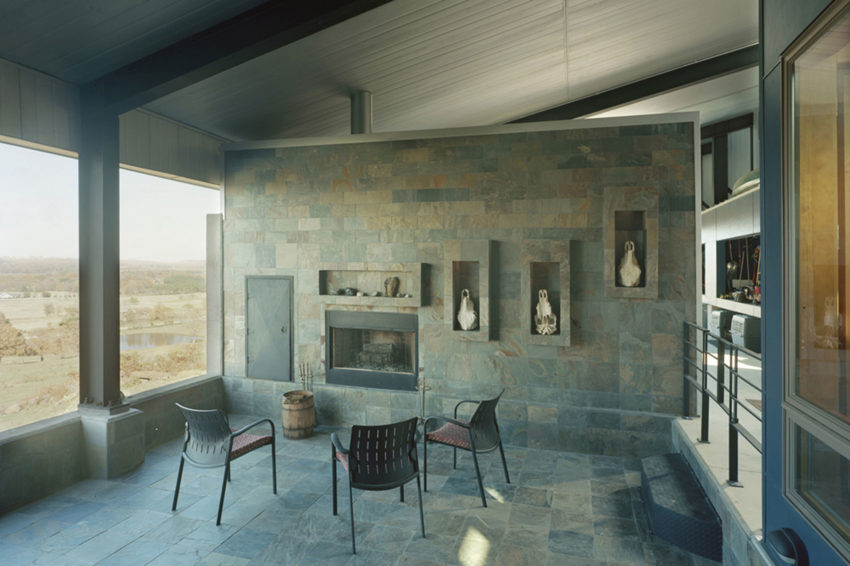 Round Mountain House by deMx architecture (10)