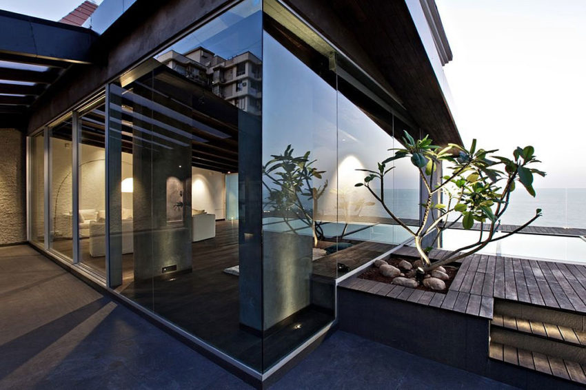 Sea Facing Penthouse by Abraham John Architects (1)