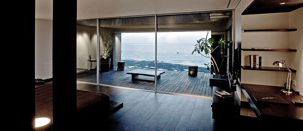 Sea Facing Penthouse by Abraham John Architects (4)