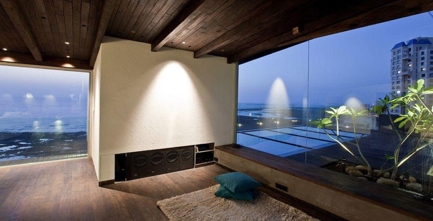 Sea Facing Penthouse by Abraham John Architects (5)