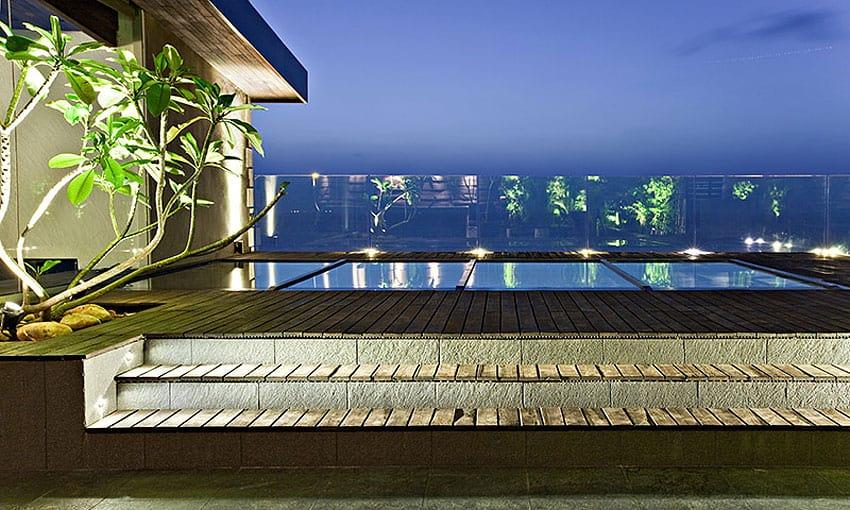 Sea Facing Penthouse by Abraham John Architects (3)