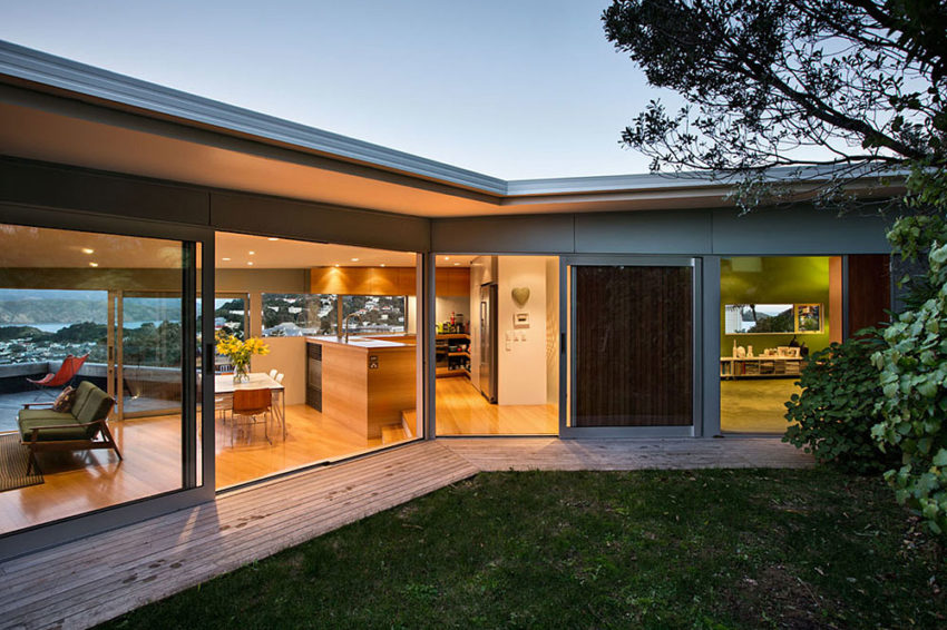 Seatoun Heights House by Parsonson Architects (9)