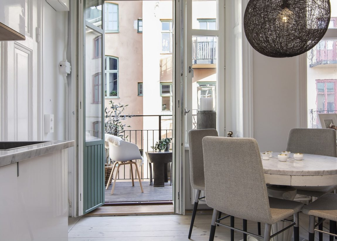 Small yet Stylish Flat in the Heart of Stockholm (7)
