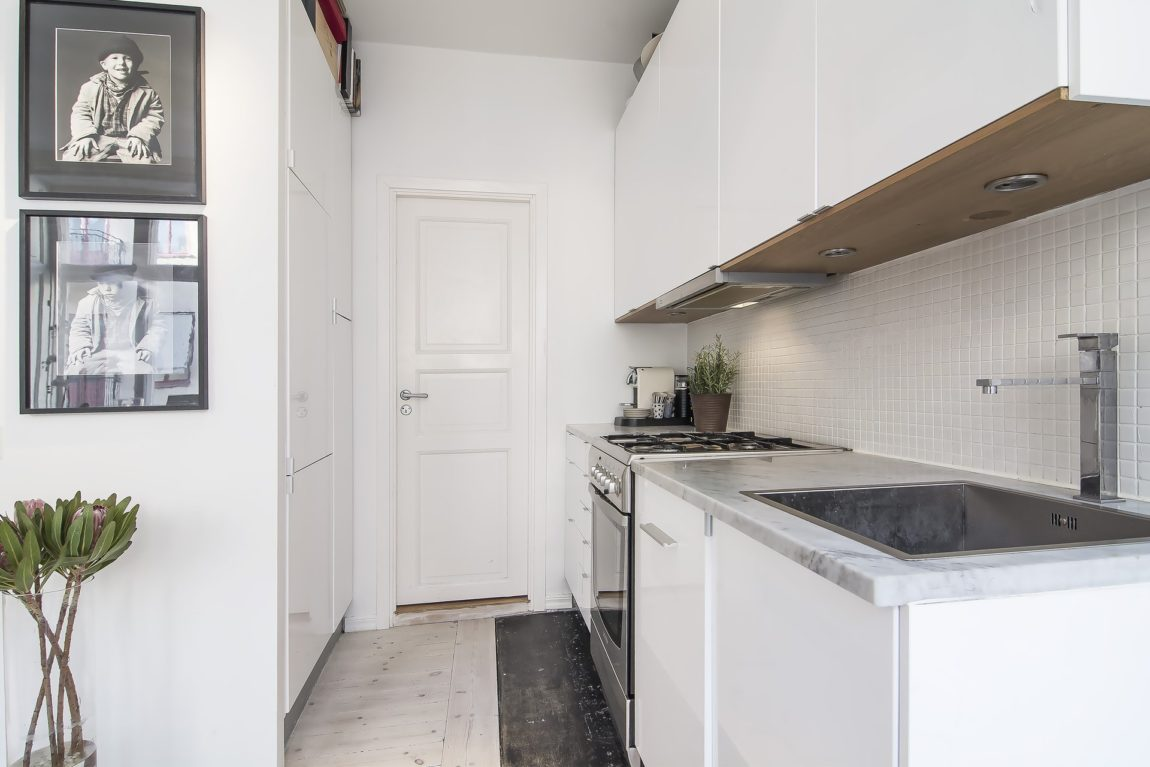 Small yet Stylish Flat in the Heart of Stockholm (5)