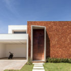 Taquari House by Ney Lima (11)