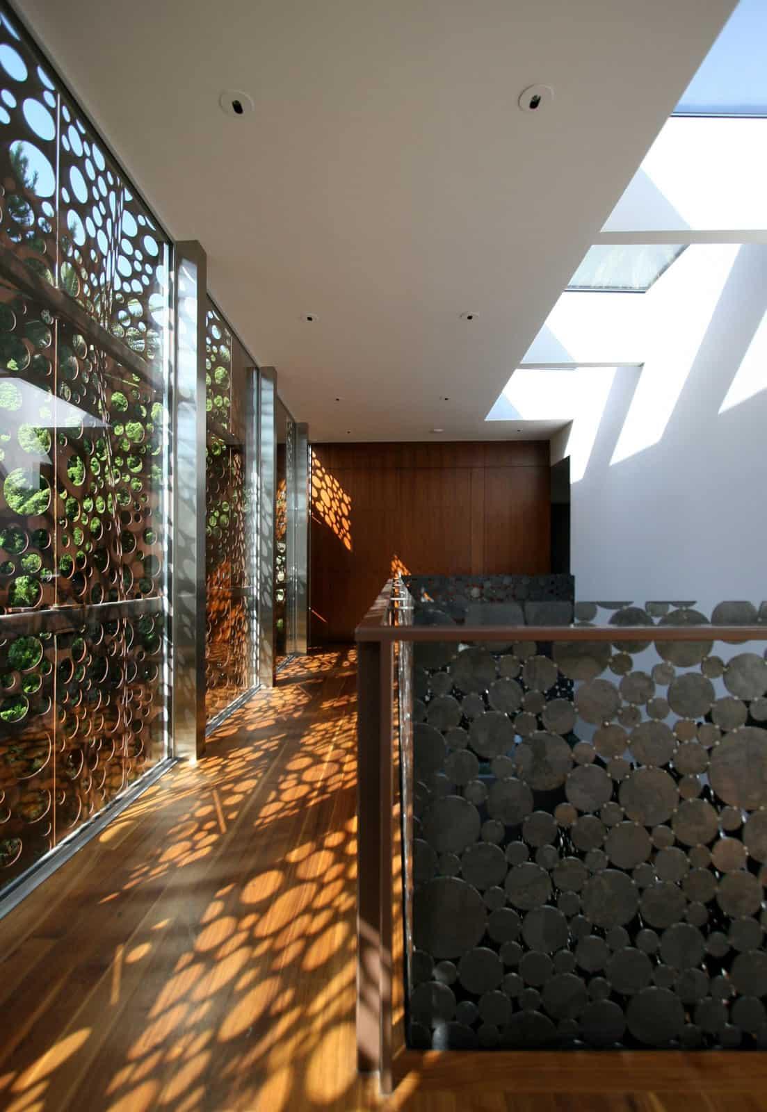 The Walnut Residence by Modal Design (12)