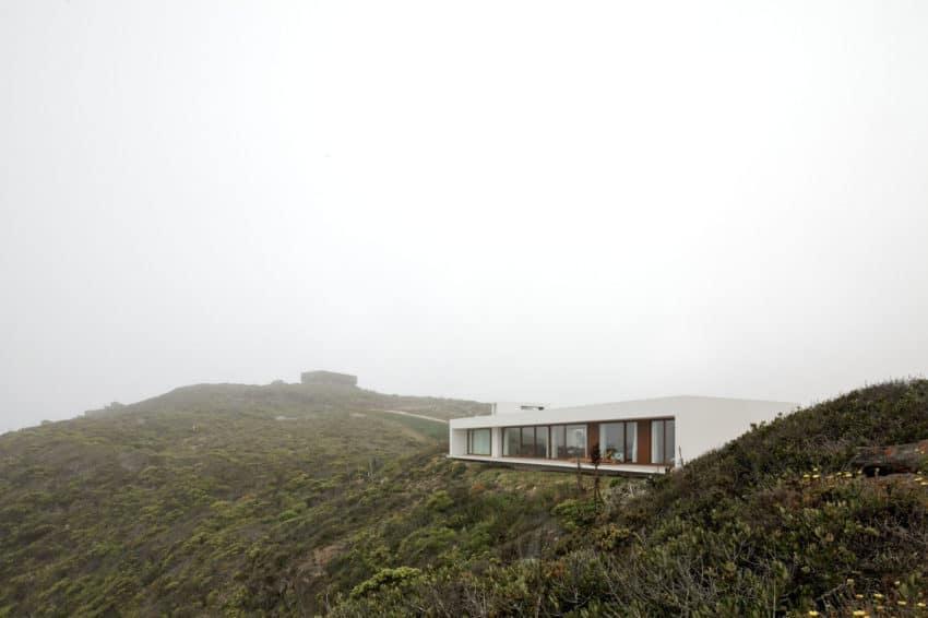 Tunquen House by Nicolás Lipthay Allen / L2C (5)