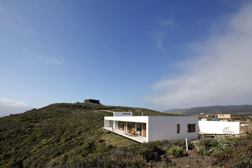 Tunquen House by Nicolás Lipthay Allen / L2C (7)