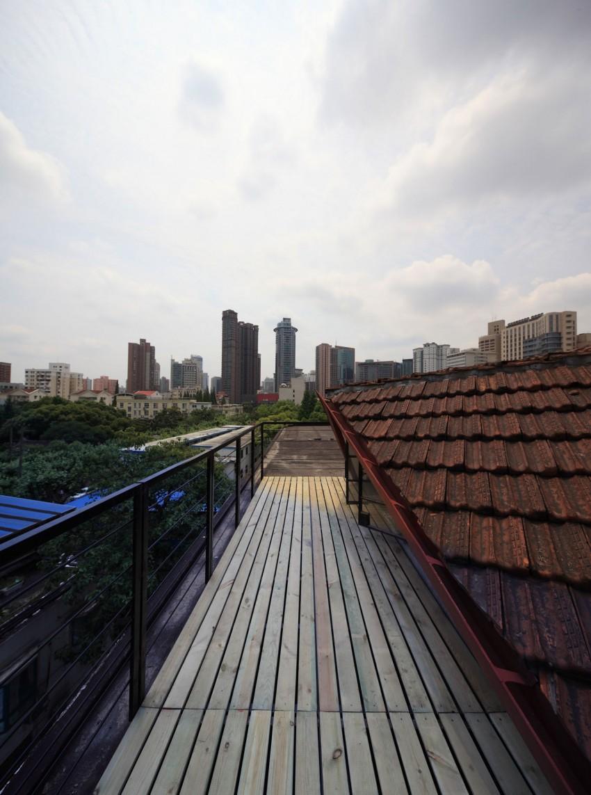 Wulumuqi Road Apartment by SKEW Collaborative (3)