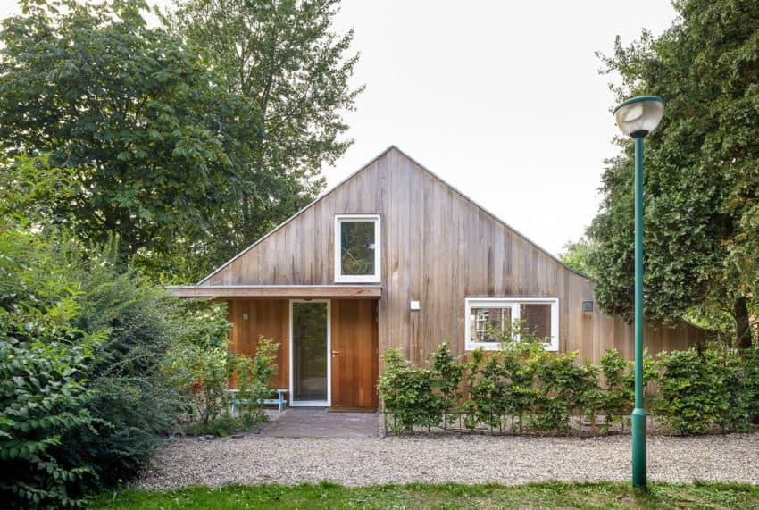 Three Holiday Homes by Korteknie Stuhlmacher (4)