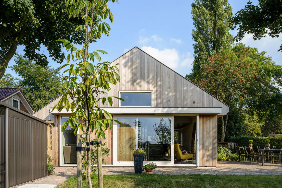 Three Holiday Homes by Korteknie Stuhlmacher (5)