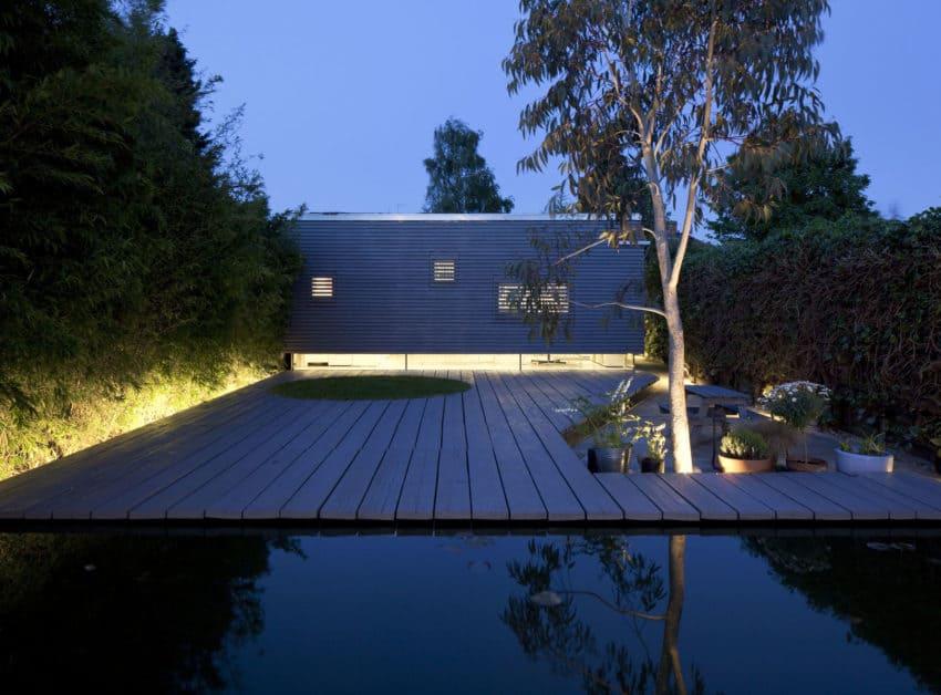 Suburbanstudio by ashton porter architects (23)