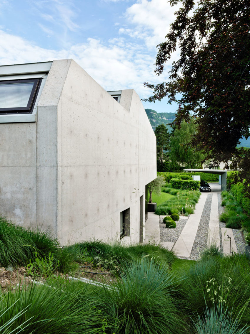2LB House by Raphaël Nussbaumer Architectes (1)