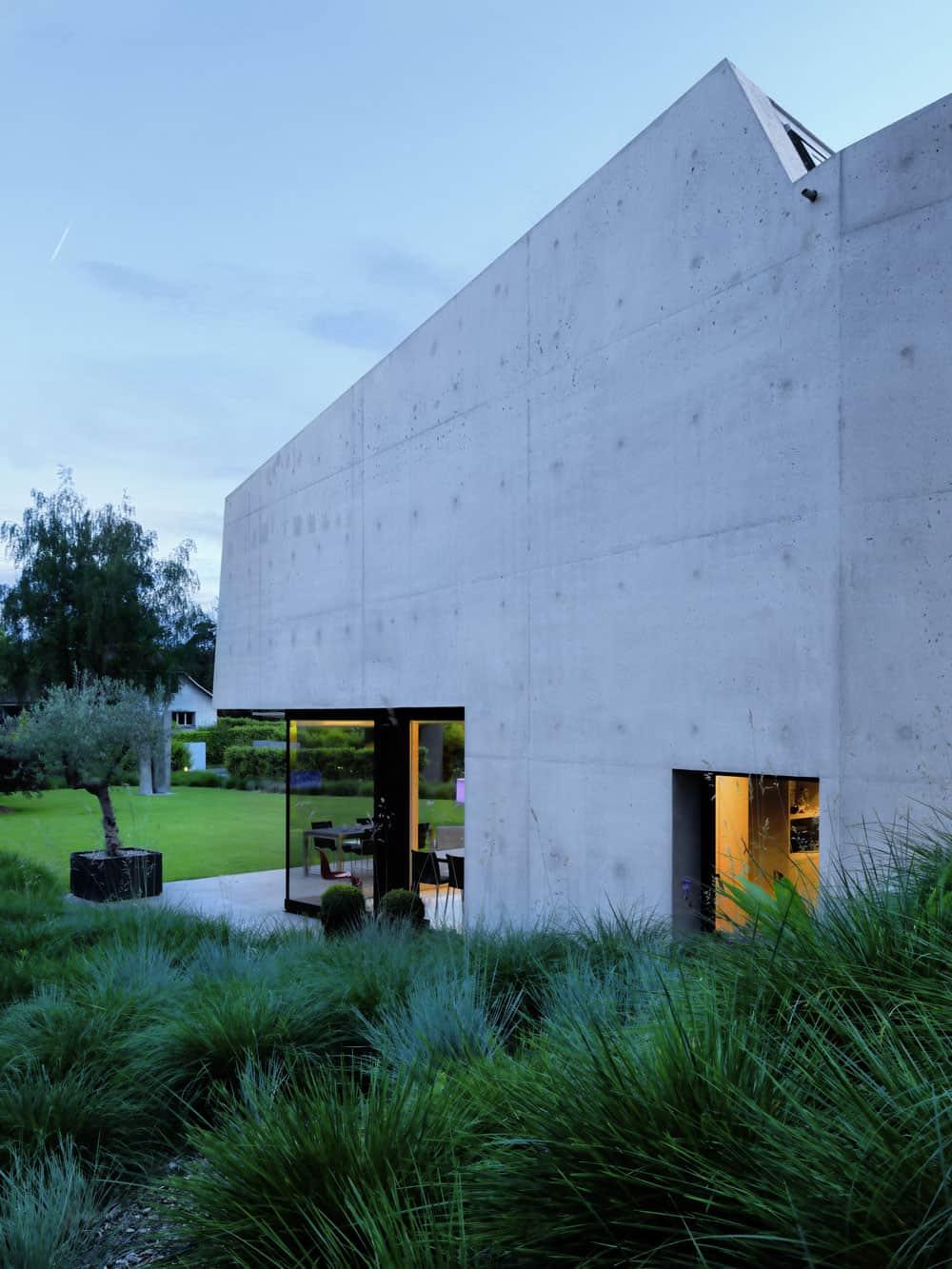 2LB House by Raphaël Nussbaumer Architectes (9)
