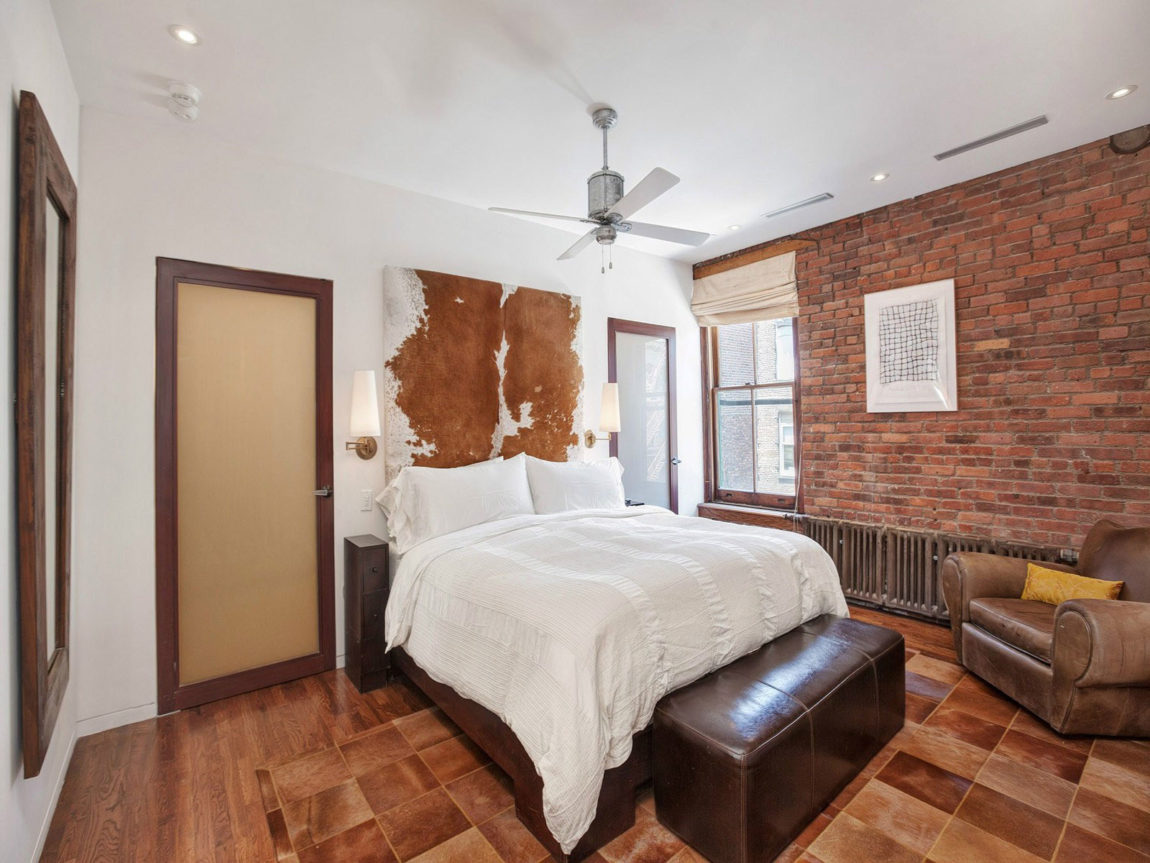 A Chic Apartment on Prince Street (7)