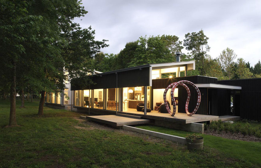 Bark House by Herbst Architects (9)