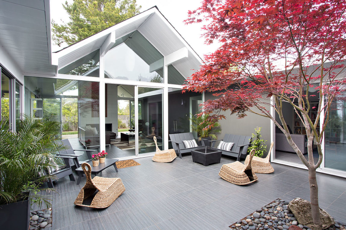 Double Gable Eichler Remodel by Klopf Architecture (4)