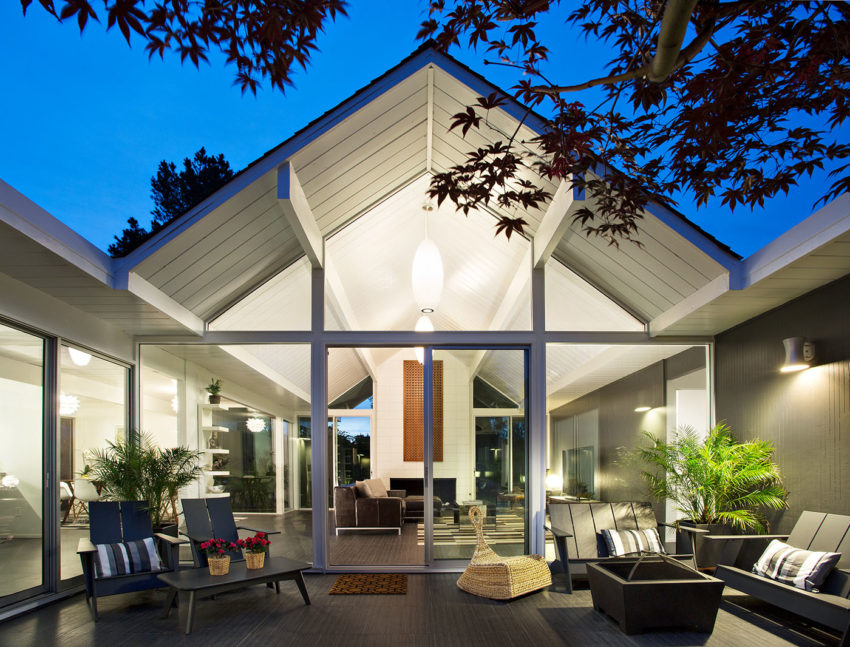 Double Gable Eichler Remodel by Klopf Architecture (25)