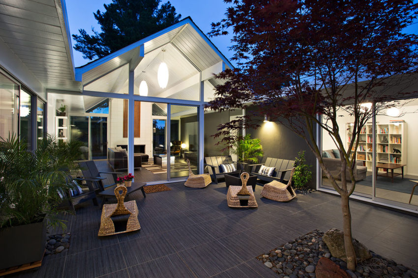 Double Gable Eichler Remodel by Klopf Architecture (26)