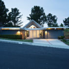 Double Gable Eichler Remodel by Klopf Architecture (28)