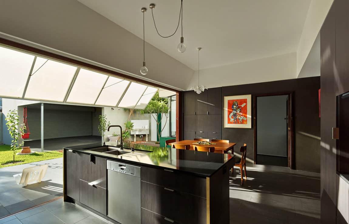 Casa 31_4 Room House by Iredale Pedersen Hook (18)