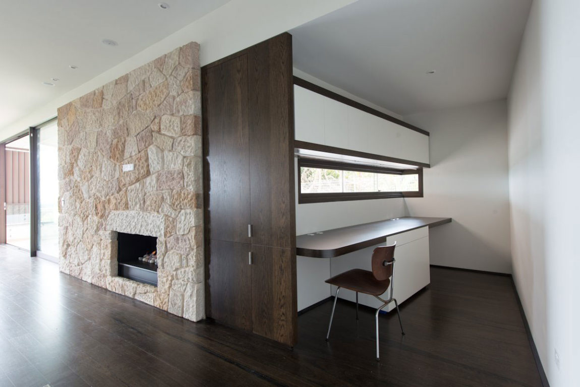 Cliff Top House by Luigi Rosselli Architects (13)