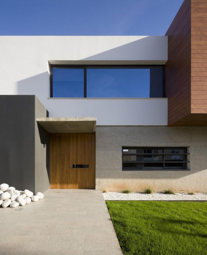 D&E House by sanahuja and partners (2)
