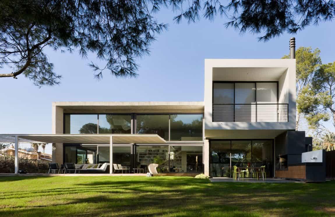 D&E House by sanahuja and partners (3)